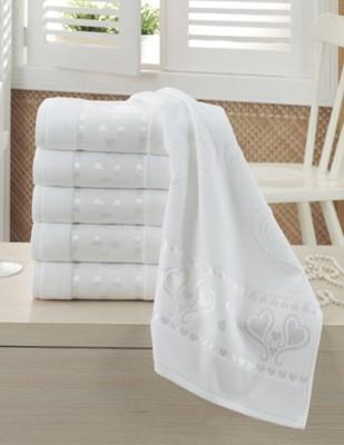FİESTA - Fiesta İşlemelik Jakarlı Havlu - Kalpli - 50 x 90 - Beyaz
